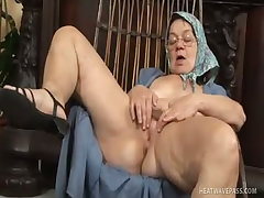 Wrinkled granny eats a younger man s ass